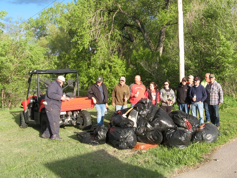 Rapid Creek Cleanup Crew
